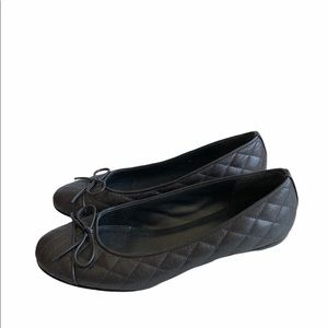 Stuart Weitzman Gray Quilted Flats Shoes